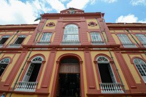 Biblioteca Pública recebe 'Feira de Troca de Livros e Gibis' no domingo (30), em Manaus