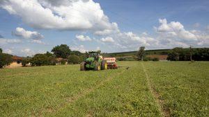 Governo anuncia R$ 225 bilhões para pequenos, médios e grandes produtores