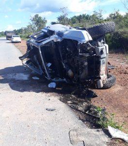 Juiz do Amazonas sofre acidente grave de carro em rodovia de RR