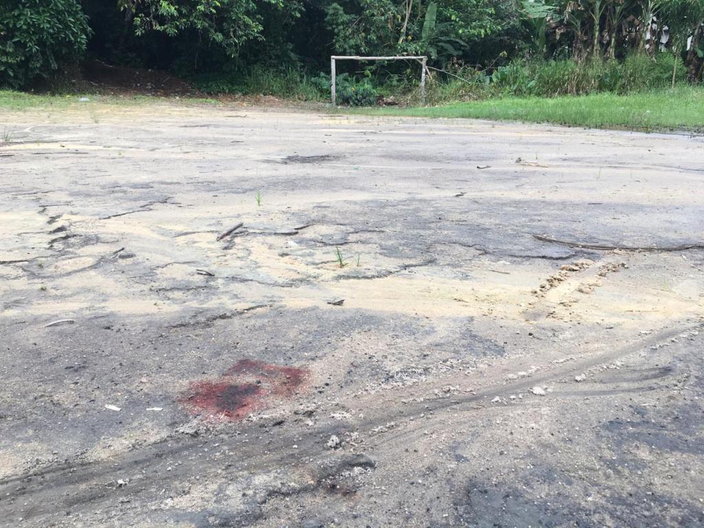 Jovem morre após ser baleado acidentalmente por comparsa, em Manaus