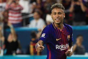 Barcelona oferece três jogadores para ter Neymar de volta