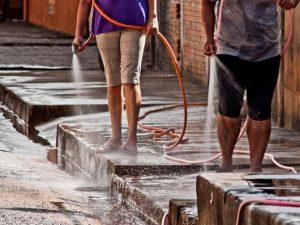 Manaus só perde para Porto Velho em desperdício e 'gato' de água, revela estudo