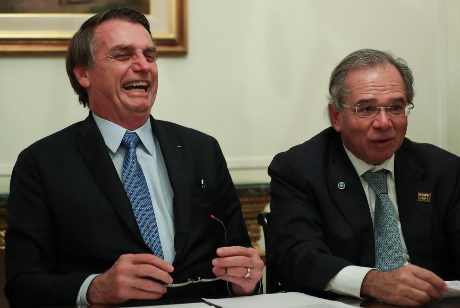 Bolsonaro fala em 1º passo para integrar o Real ao Peso