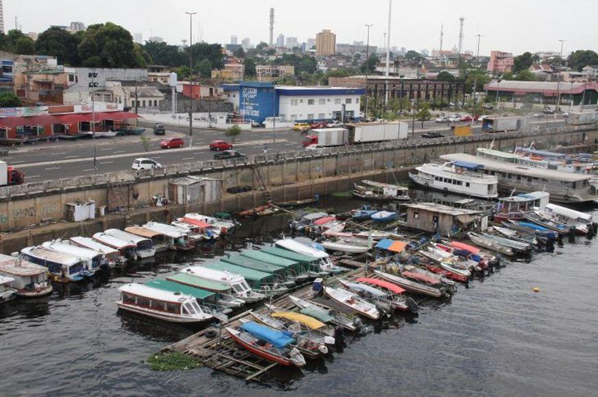 Fugindo da polícia, homem se joga no Rio Negro e morre afogado, em Manaus