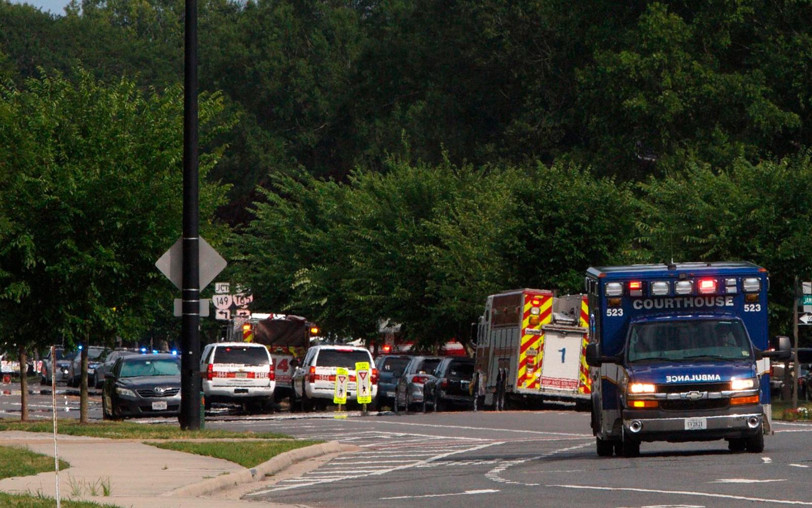 Tiroteio em Virginia Beach, nos Estados Unidos, deixa 12 mortos