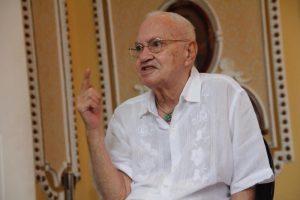 Morre o artista plástico e curador amazonense Óscar Ramos, aos 80 anos