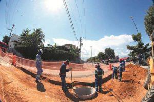 Obras do Prosamim ampliam rede de esgoto em 125 quilômetros em Manaus