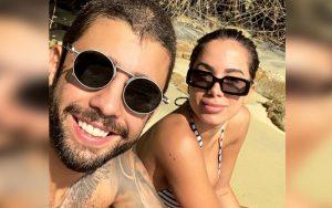 Anitta e Pedro Scooby noivos? Funkeira exibe anel de brilhante