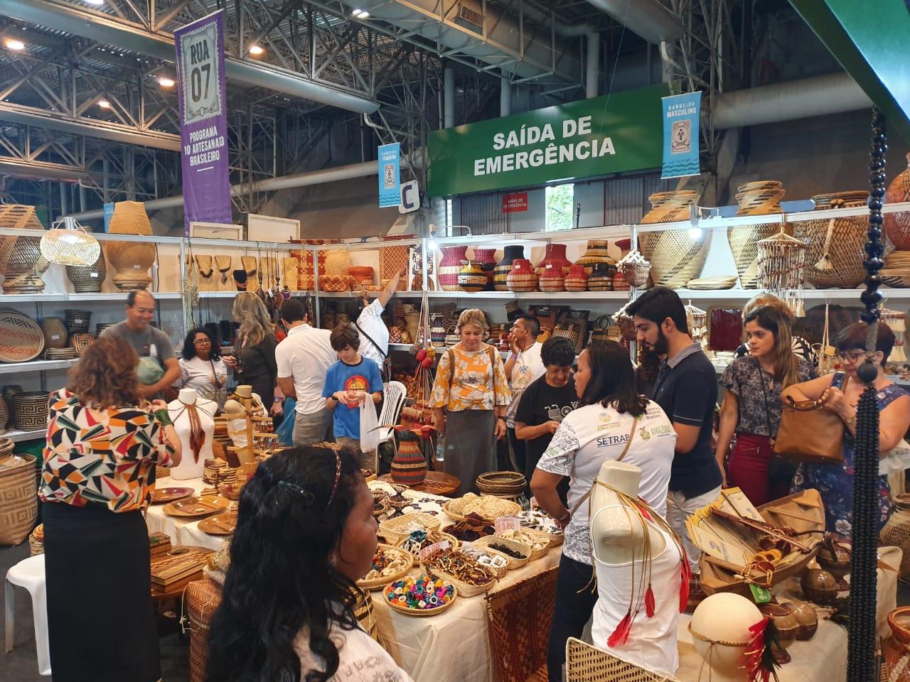 Artesanato amazonense é destaque em feira nacional em Olinda (PE)