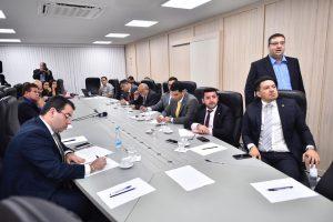 Após reunião com secretário da Sefaz, Wilker afirma que 'Governo do AM vai quebrar o Estado'