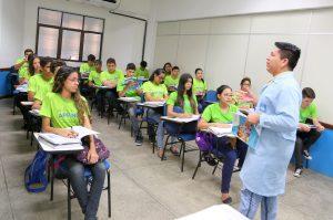 Formação continuada de professores é essencial para manter ensino de qualidade