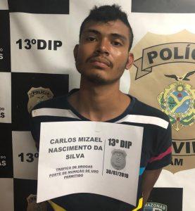 Jovem é preso com porções de drogas, munições e balança de precisão no bairro Cidade de Deus