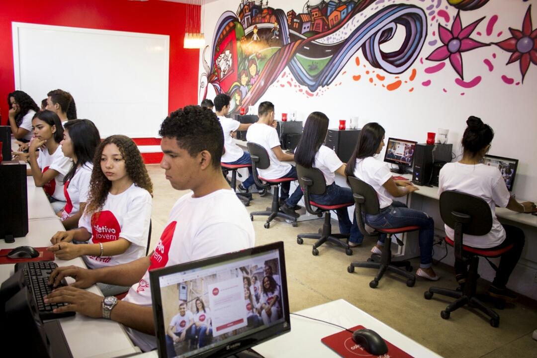 Coletivo Jovem abre novas vagas para início em Julho