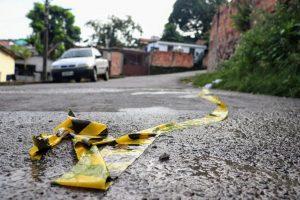 Homem é encontrado morto com mãos amarradas e amordaçado, em Manaus