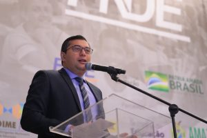 Governador Wilson Lima vai retomar programas educacionais parados há mais de sete anos
