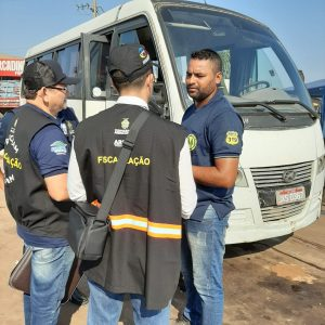 Arsam e Procon-AM em ação conjunta no Porto da Ceasa e Careiro da Várzea