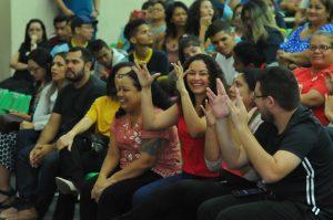 Seduc-AM apresenta projeto da primeira escola bilíngue de Libras da região Norte