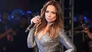 Show da cantora Solange Almeida na Feira do Abacaxi, em Itacoatiara, é suspenso