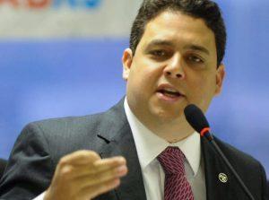 Presidente da OAB reage a fala de Bolsonaro: 'Crueldade e falta de empatia'