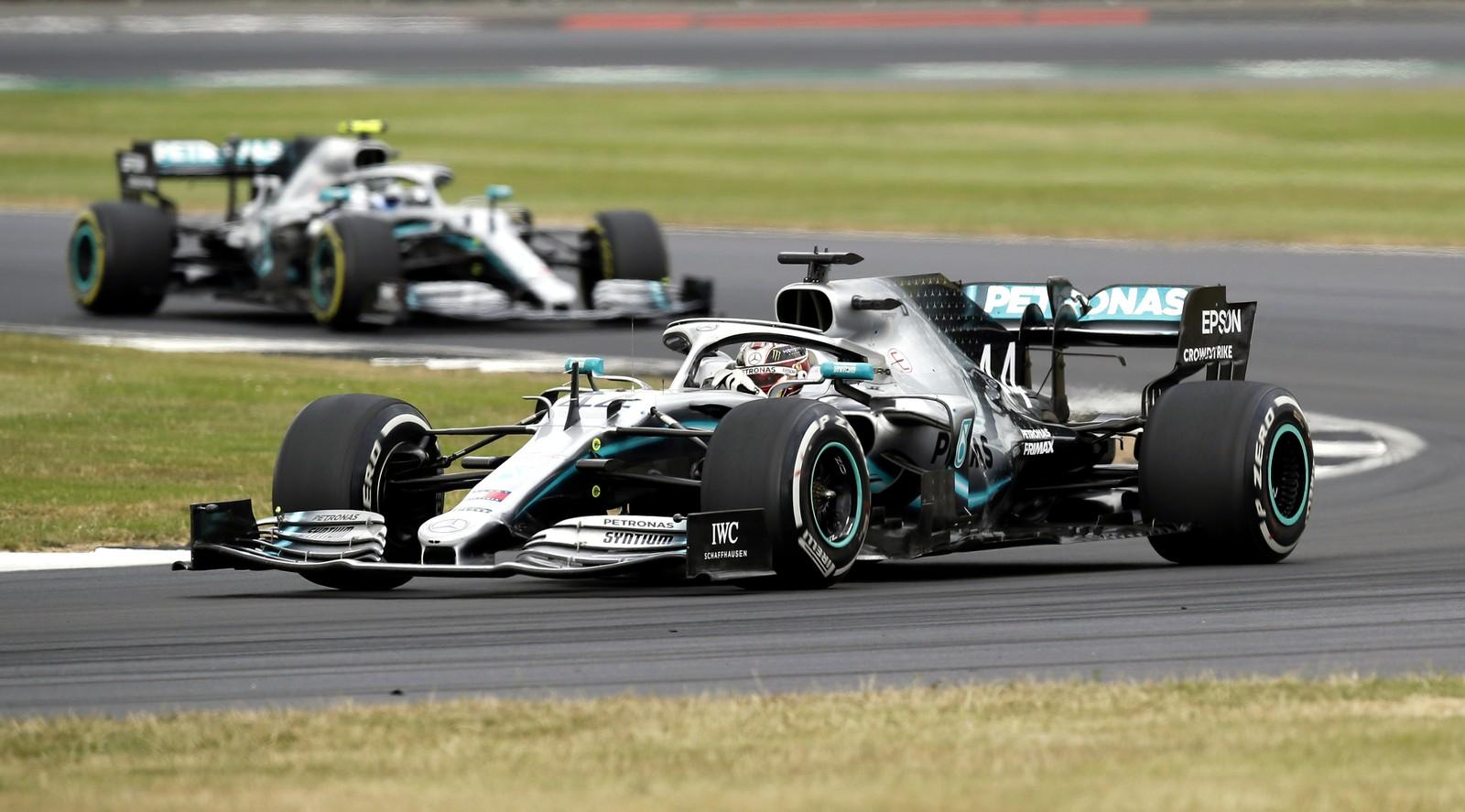 Hamilton vence pela 80ª vez na Fórmula 1