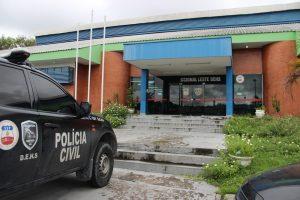 Adolescente tenta assaltar ônibus e morre espancado por passageiros, em Manaus