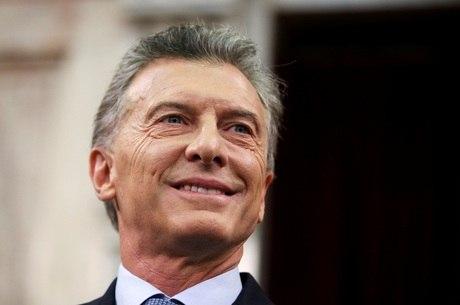 Oposição vence primárias na Argentina e impõe dura derrota a Macri