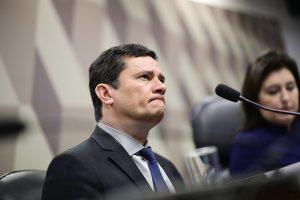 Sérgio Moro pede afastamento do cargo de ministro por uma semana