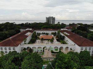 Leilão dos prédios da Fucapi e Tropical Hotel é suspenso por liminar