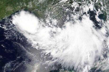 Trump declara emergência por tempestade Barry na Louisiana
