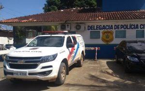 Após rebelião em delegacia de Iranduba, presos são transferidos para Manaus