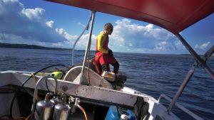 Homem desaparece após mergulhar no Rio Negro para resgatar bote, em Manaus