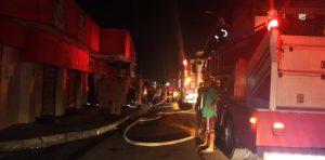Incêndio destrói supermercado no bairro Alvorada, em Manaus