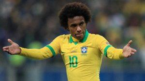 Por conta de uma lesão muscular, Willian fica fora da final da Copa América