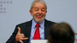 Justiça autoriza que Lula seja transferido para São Paulo