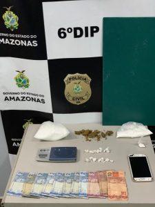 Detento do regime semiaberto é preso com porções e trouxinhas de drogas
