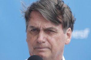 'Governadores do Nordeste querem a divisão do país', diz Bolsonaro