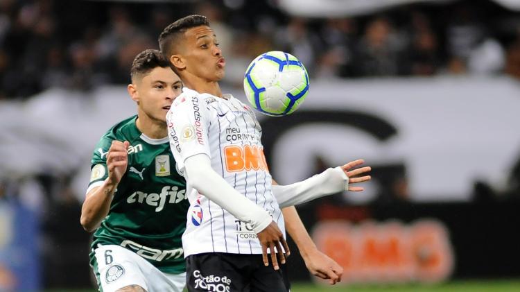 Corinthians recebe o Goiás em jogo adiado do Brasileirão