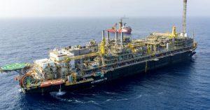 Petrobras tem forte alta no lucro do 2º trimestre, puxado pela venda da TAG