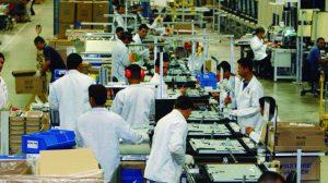 Eletroeletrônicos e Duas Rodas estão entre os mais prejudicados no PIM com queda da produção industrial, mostra IBGE