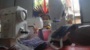 Com mercado estagnado, indígenas da Amazônia movimentam comércio com Economia Solidária