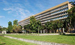 MEC autoriza aulas online no ensino superior até dezembro