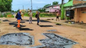 Ação do MP suspende licitação de R$ 20 milhões para asfaltamento em Itacoatiara, no AM