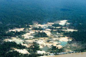 Terra indígena Yanomami é a mais pressionada para desmatamento na Amazônia Legal, revela estudo do Imazon