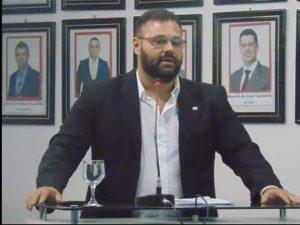 Justiça do AM concede prisão domiciliar a advogado acusado de comercializar dados da Polícia