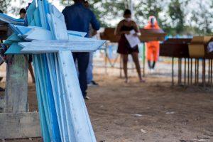 Cemitérios de Manaus registram 50 sepultamentos no feriado
