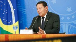 Imposto nos moldes da CPMF terá de ser debatido 'mais cedo ou mais tarde', diz Mourão