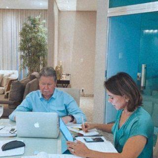 Prefeito retoma atividades e realiza reunião com secretariado