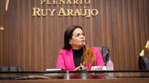 Pedido de nova votação de membros da Comissão de impeachment na ALE/AM é criticada: 'Muito pobre e mal escrita', diz deputada