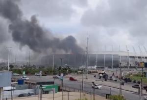 Incêndio atinge Arena Castelão, em Fortaleza, neste sábado