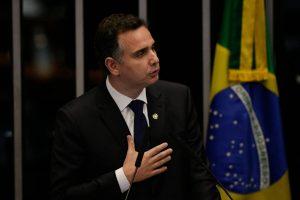 Rodrigo Pacheco é eleito presidente do Senado com apoio de Bolsonaro e Alcolumbre